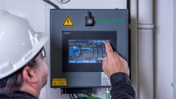 Como sistema plug-and-play preconfigurado, el SmartQB no requiere conocimientos previos de Condition Monitoring.