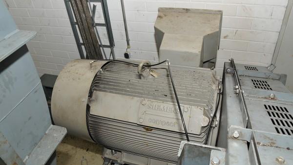 Lubricación automática de un ventilador de gran tamaño en BMW