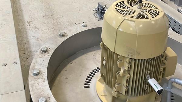 Monitorización de los motores de las máquinas de tratamiento térmico